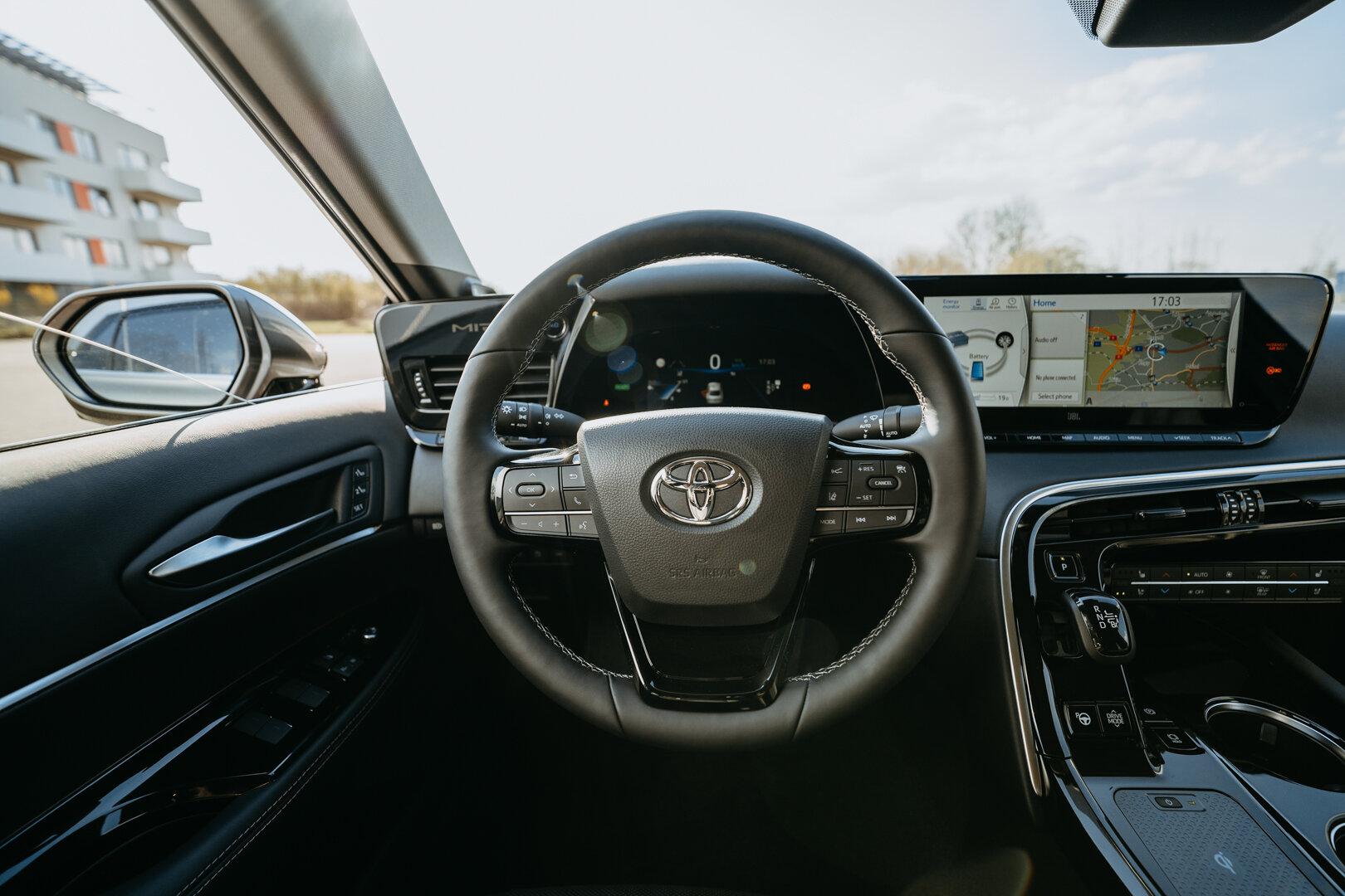 Toyota Mirai - průkopník na poli pohonu vodíkem