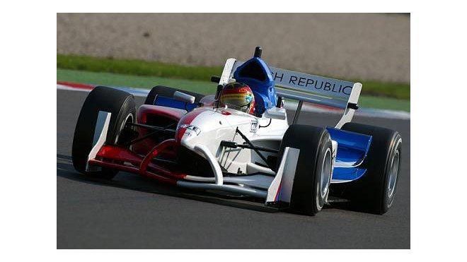 Tomáš Enge druhý v hlavním závodě  2c60c18d36