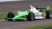 Aktivní a zdravý život na Indianapolis 500 - anotační foto