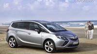 Opelu unikly fotky nové Zafiry. Stalo se to díky konfigurátoru - anotační foto