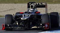 Kimi Räikkönen s Lotusem příjemně překvapil, svými výkony ale majitelům Lotusu způsobil nemalé problémy